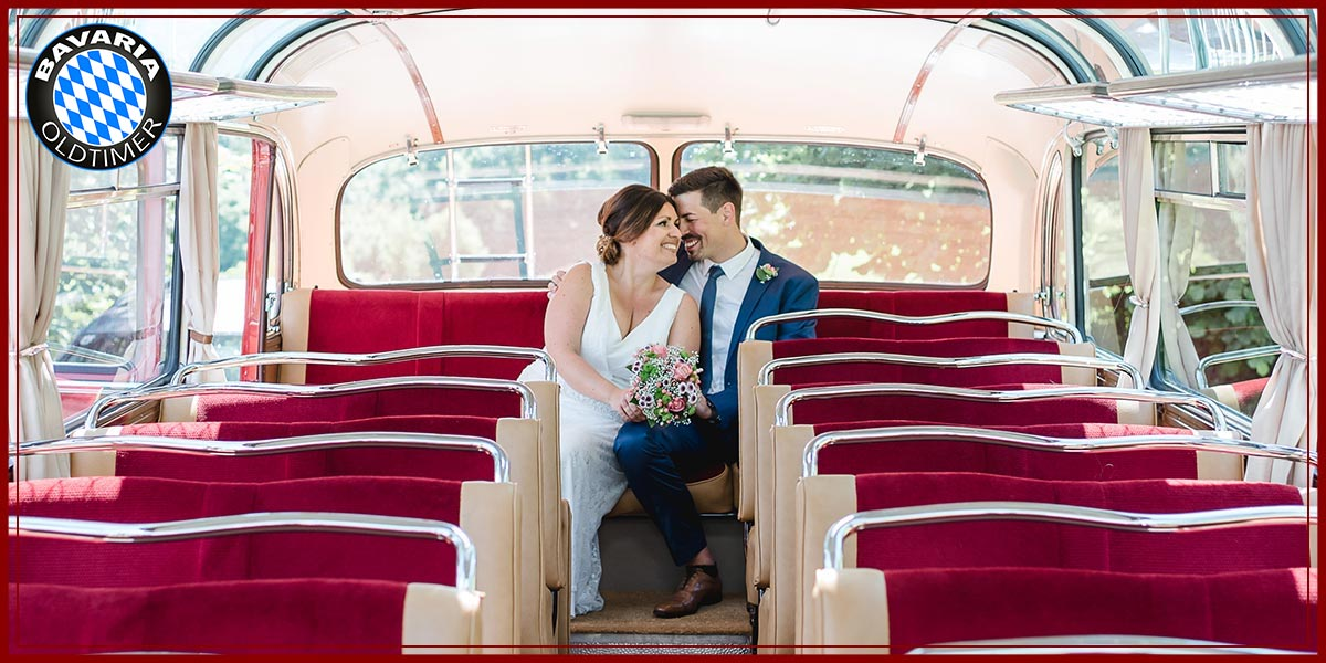 Oldtimerbus als Hochzeitsbus schmücken
